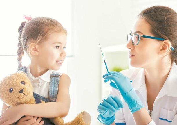 Примерно 3000 челябинцев поставили бесплатные прививки вТРКгорода